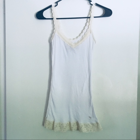 b551f571be071 Abercrombie   Fitch Tops - Abercrombie   Fitch white ribbed lace cami ...